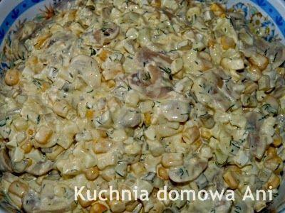 Kuchnia domowa Ani: Sałatka z pieczarkami i kiszonym ogórkiem