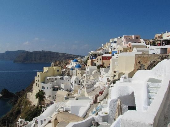 Oia in Santorini, Greece. An amazingly beautiful place to be.
