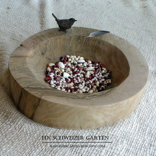 Epic Nu baumschale u verschiedene Bohnen wooden bowl u different beans by Ein Schweizer Garten