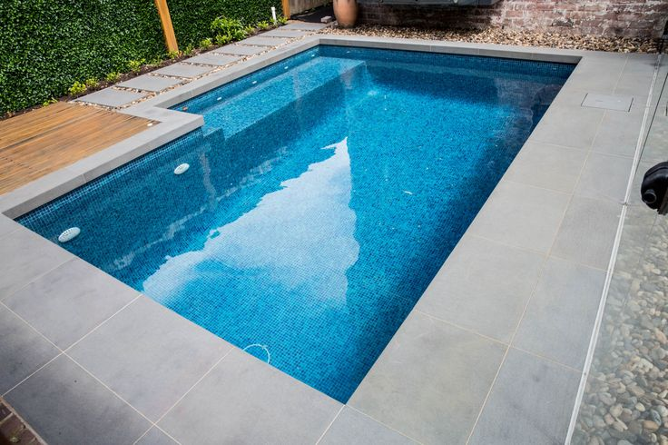 The surface of our latest Nulla Bluestone paving is smooth but non-slip, making Nulla Bluestone the perfect choice for wet areas. Visit our website to learn the various characteristics of each stone and receive individual assistance in choosing just the right product to beautify your home and garden http://ow.ly/Z4jo309He73