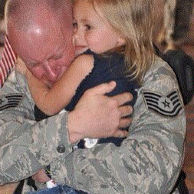 Heartwarming.: Blessed America, Soldiers, Heroes, Freedom, Emotional, Support Our Troops, Welcome Home Daddy, God Blessed, Patriots