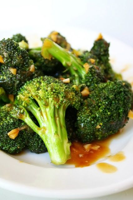Broccoli with Asian Garlic Sauce. Super easy and highly addictive!