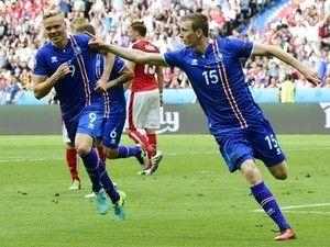 Transfer Talk Daily Update: Jon Dadi Bodvarsson, Nathaniel Chalobah, Zlatan Ibrahimovic