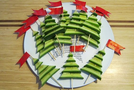 Komkommer kerstboompjes: