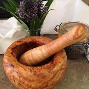 Mortar and Pestle Olive Wood for foodies