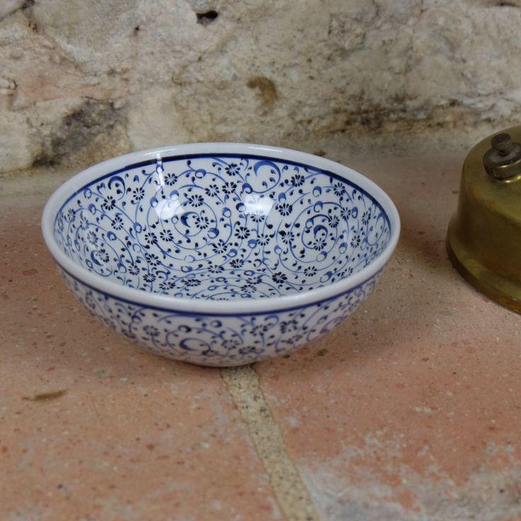 #Bol au décor #original en #porcelaine d'#Iznik