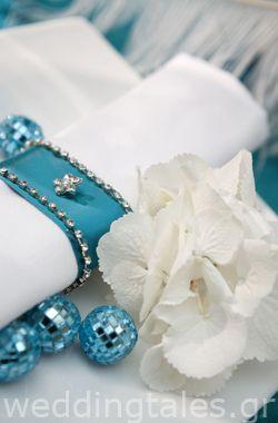 Διακόσμηση Γάμου: Γαλάζιες και ασημένιες λεπτομέρειες