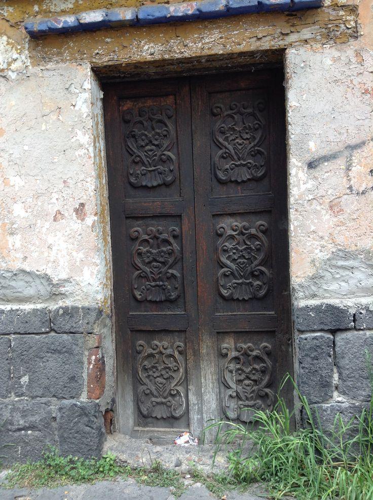 Puerta #175 Col. Santa Catarina Coyoacán