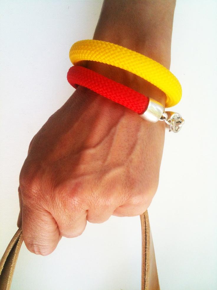 simple design color cord bracelets