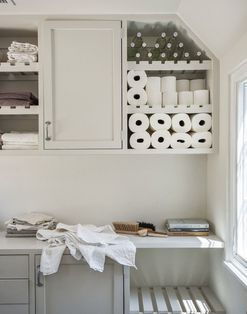 The updated Downtown Abbey laundry room--courtesy of Amanda Pays and Corbin Bernsen in LA | Remodelista