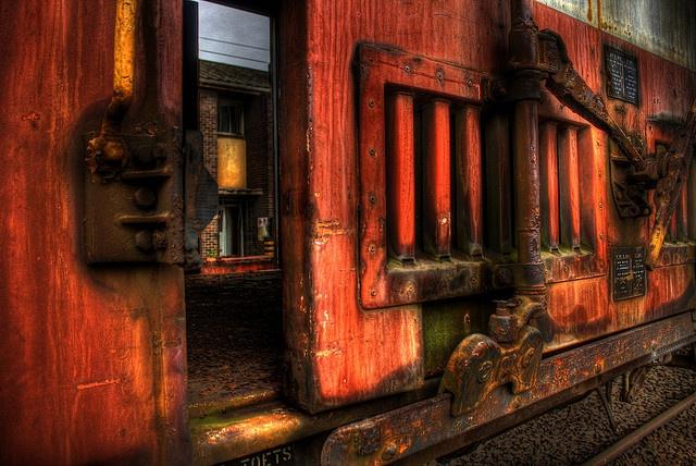 the portal by daryn1979, via Flickr