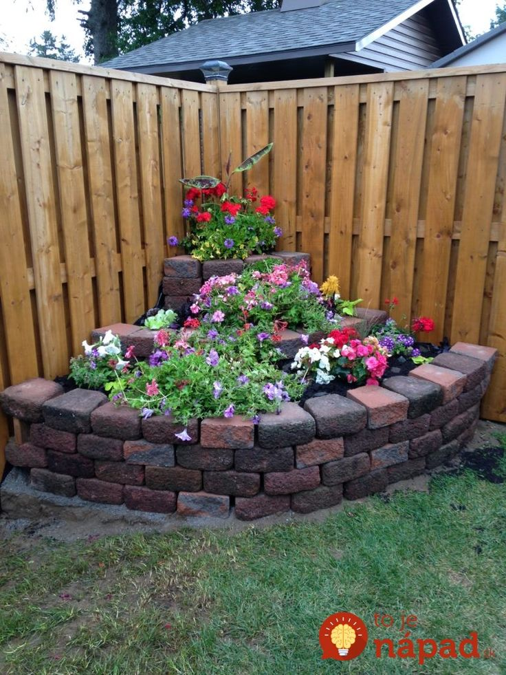 Záhradník sa podelil o 31 nádherných tipov, ako zužitkovať prázdne miesta tak, aby sa stali najkrajšou ozdobou vášho pozemku.