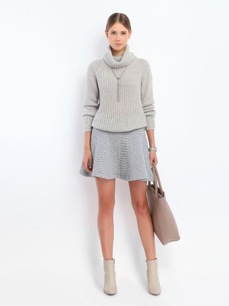Женские свитеры светло-розовый , серый SSW1620 свитер гольф длинный рукав TOP SECRET - интернет магазин одежды Top Secret