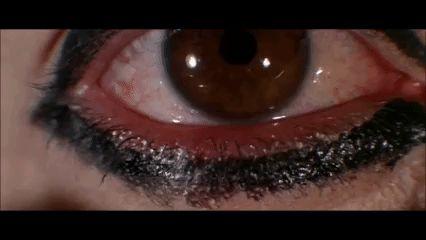 eyeliner make up eye getting ready