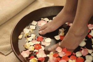 How to clean pedicure tubs. http://www.spasalon.us/blog/clean-pedicure-tubs/