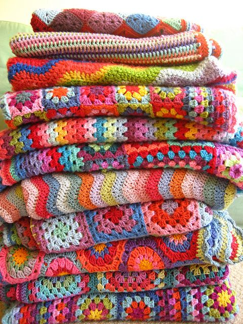Granny SquaresCrocheted Afghans, Crochet Blankets, Crochet Basic, Crochet Afghans, Crocheted Blankets, Granny Squares, Beginnings Crochet, Bright Colors, Crafts