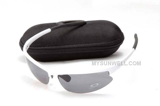 http://www.mysunwell.com/oakley-asian-fit-sunglass-89020-white-frame-black-lens-wholesale-cheap.html OAKLEY ASIAN FIT SUNGLASS 89020 WHITE FRAME BLACK LENS WHOLESALE CHEAP Only $25.00 , Free Shipping!