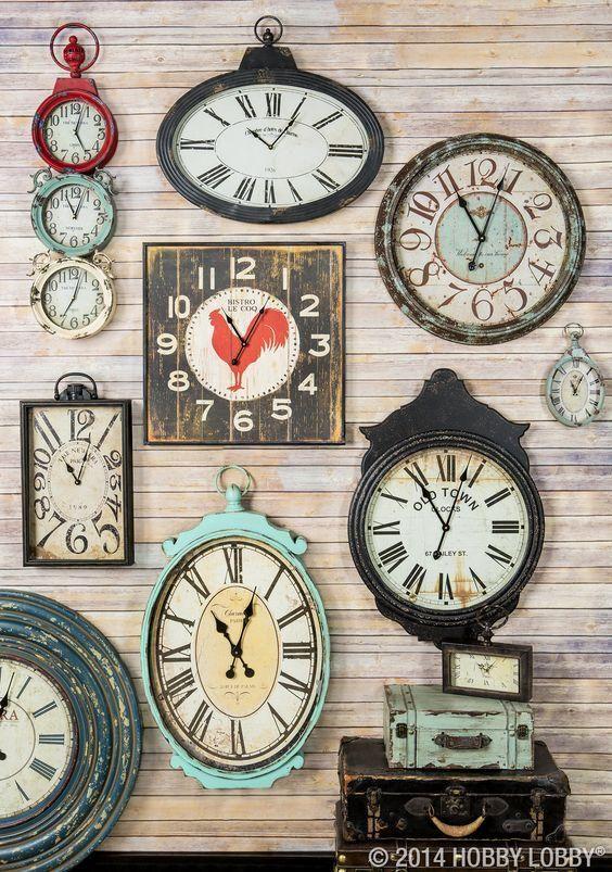 collage de paredes con relojes