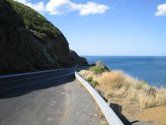 One of the best drives or piece of road to travel on in Australia, the Great Ocean Road.