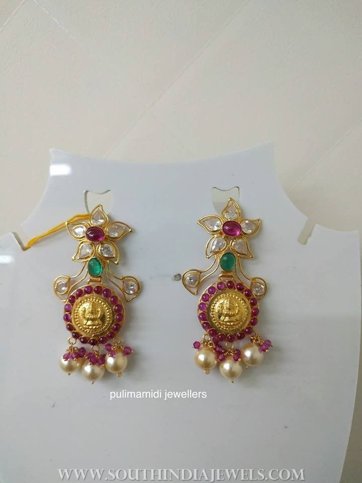 10 Grams Gold Earrings From Pulimamidi Jewellers South India Jewels Gold Earrings Designs Jewelry Design Earrings Bridal Earrings Studs