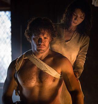 STARZ - Outlander - A STARZ Original Series - Jamie and Claire