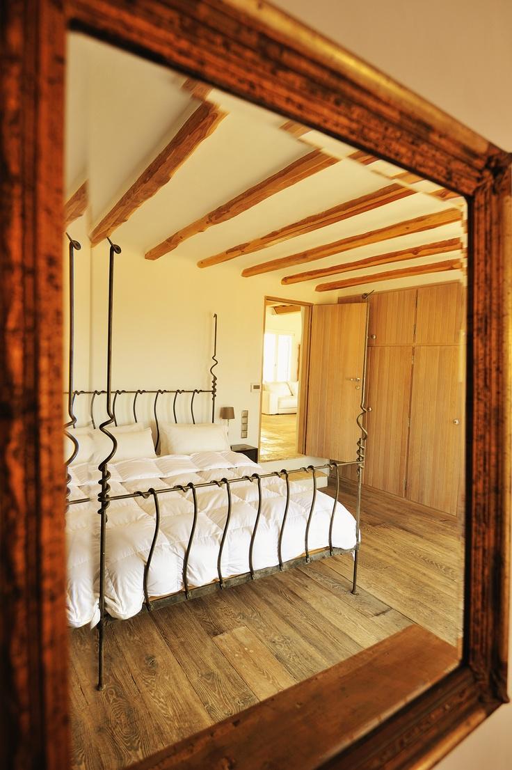 Bedroom view of luxury villa Aesara in Mykonos, Greece