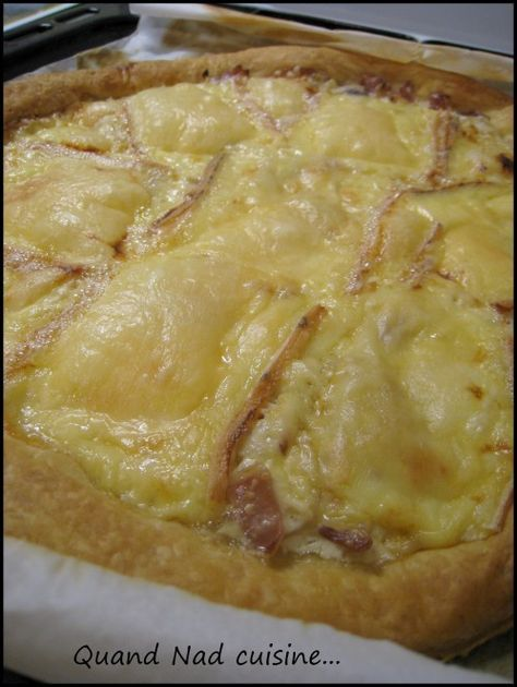 tarte fine à la raclette