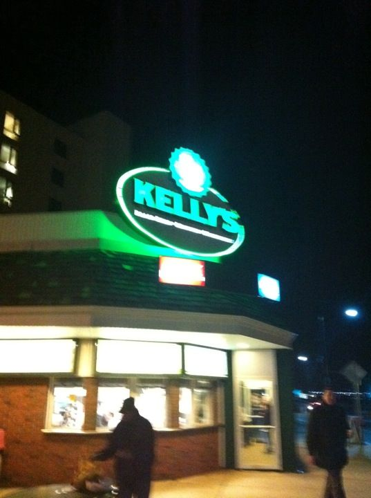 Kelly S Roast Beef In Revere Ma Revere Beach Apartments