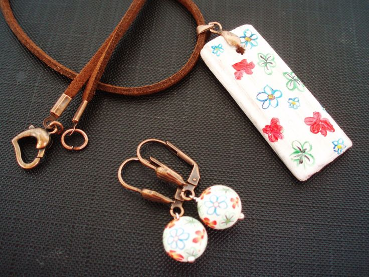 https://www.etsy.com/listing/190844239/leather-necklace-with-painted-wood?ref=shop_home_active_11