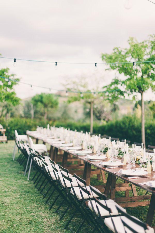 Tuscan wedding reception, photo by Lisa Poggi http://ruffledblog.com/tuscany-destination-wedding #receptions #weddingideas #tablescape