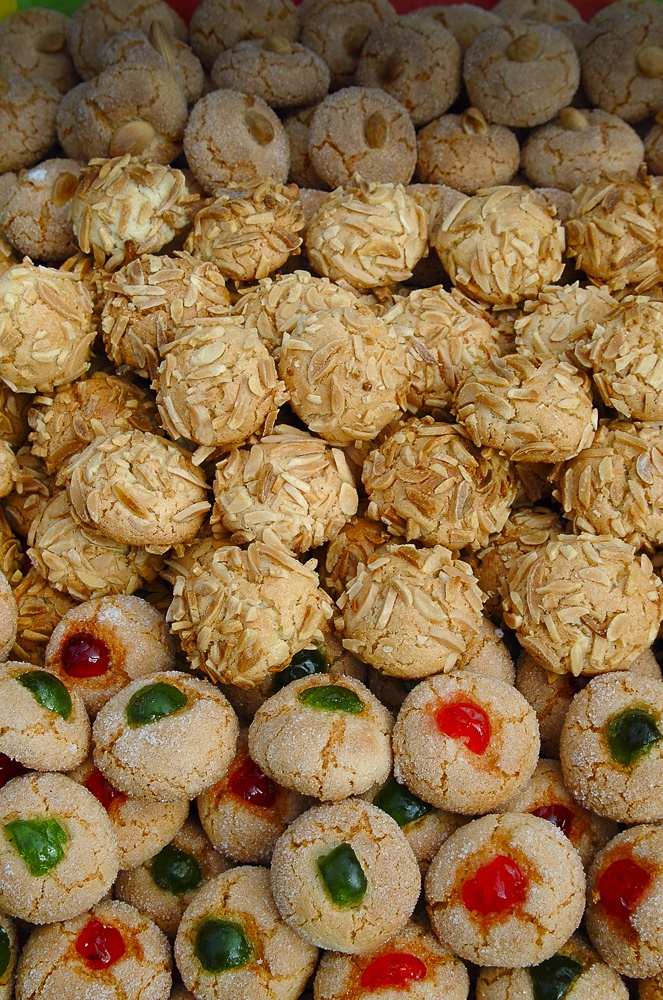Amaretti, sardinian typical pastries