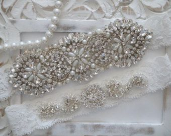 Wedding Garter Set, Bridal Garter Set, Vintage Wedding, Pearl Garter, Something Blue - Style 400