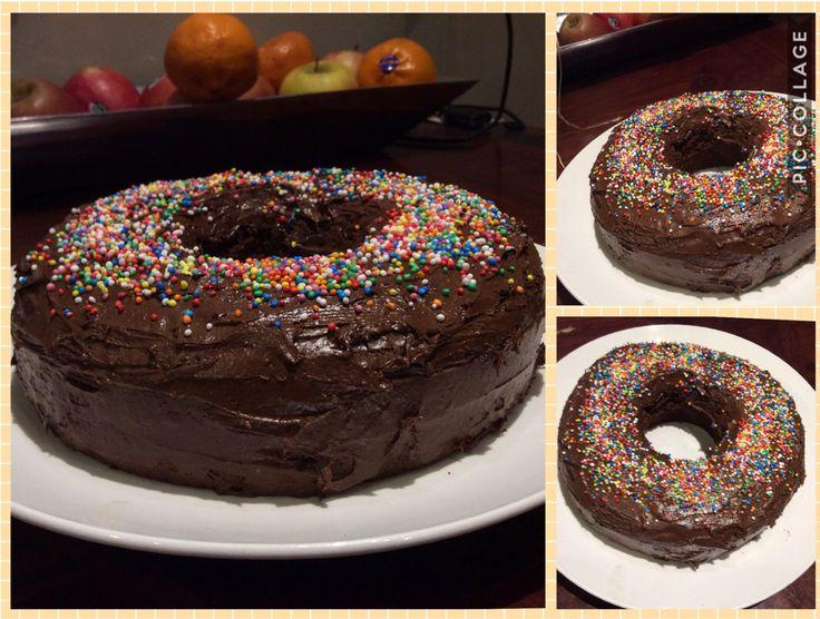 Donut 🍩 cake. Soooo delicous😋🍩🍫