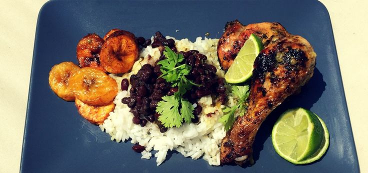 Poulet grillé cubain comme à Little Havana. Une recette unique pour un poulet moelleux et savoureux.