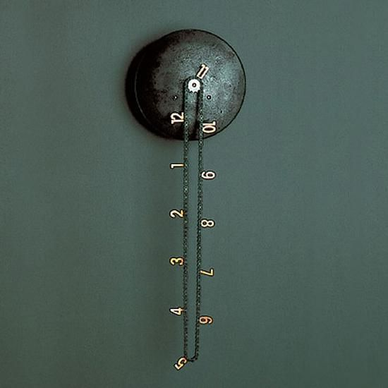 The Catena wall clock has been created by Andreas Dober. One of the most unusual and interesting wall clocks.