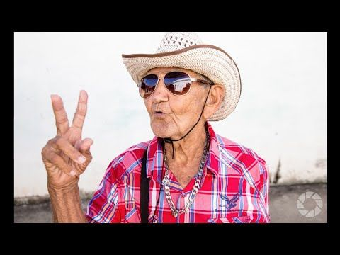 5 Tips for Better Street Portraits: Exploring Photography with Mark Wallace | Expert photography blogs, tip, techniques, camera reviews - Adorama Learning Center
