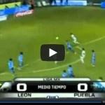 Video del resumen y goles entre León vs Puebla partido que corresponde a la Jornada 9 de la Liga MX Clausura 2013.    Marcador Final: Leon 0-1 Puebla.    Los Goles:  0 – 1 Diego Eduardo de Buen al minuto 52′