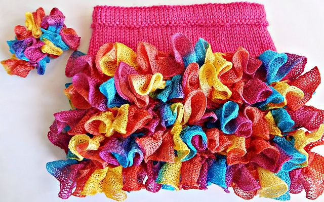 Ravelry: Project Gallery for Ruffle Skirt pattern by Ratchadawan Chambers