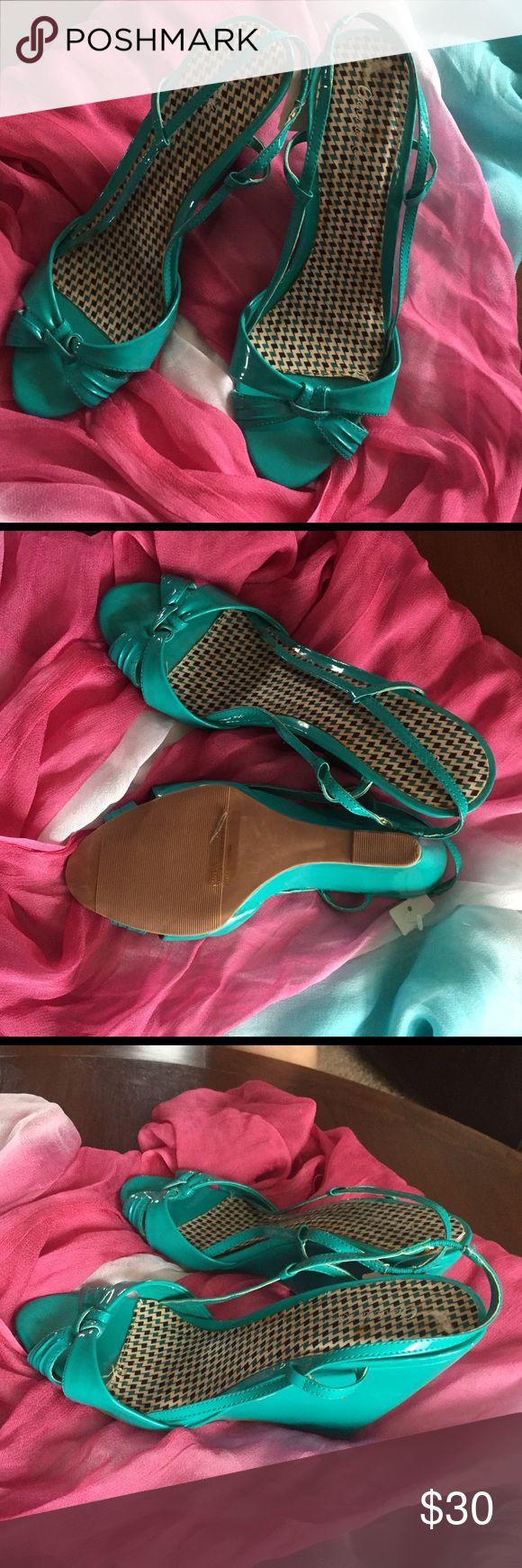 Pretty sandals Color turqueza size 7 Charlotte Russe Shoes Platforms