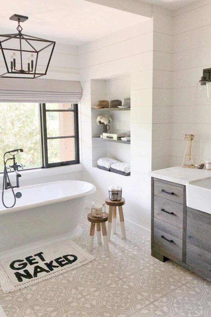 The Picture That S Been Saved Over 10k Times On Houzz This Blows Me Away Wall Tiles Lucian In Oxygen Small Bathroom Bathroom Layout Bathrooms Remodel