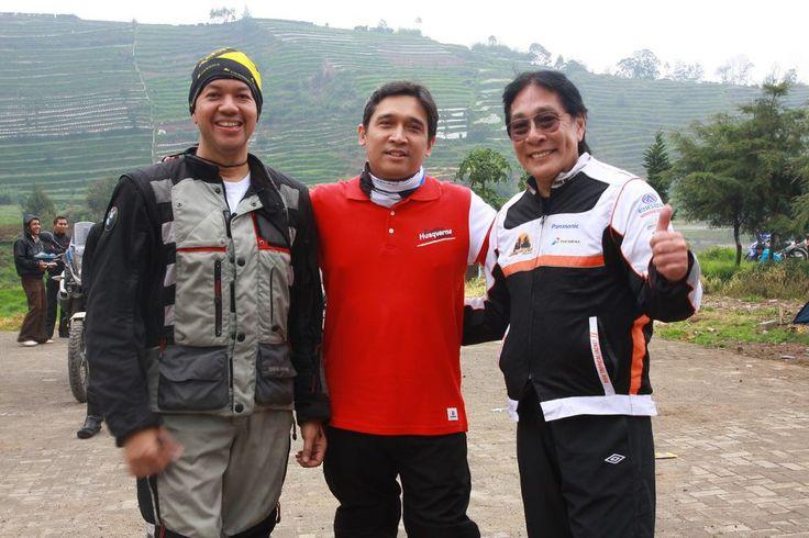 "With bro Yudistiro ""Dakar Boy"" Kusno and bro Youk Tansil founder of Ring of Fire Adventure...."