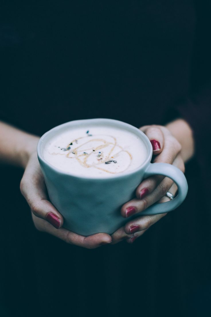 Get the recipe for this cozy, simple Lavender London Fog Latte! Vegan and made with coconut butter, coconut milk, dates and tea!