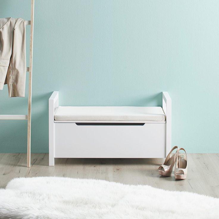 Stilvolle Sitzbank In Weiß Mit Kissen   Ein Schicker Blickfang