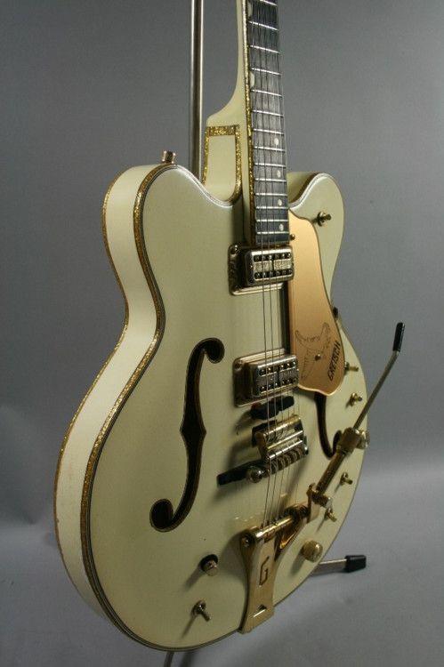 1967 Gretsch '6137' White Falcon, stereo, EC, OHC