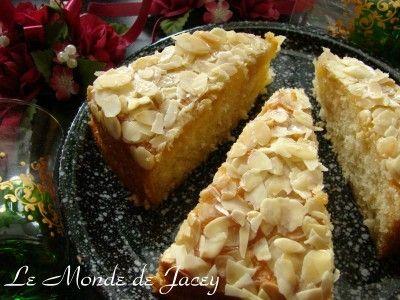 Marokkanischer Mandelkuchen - Blog von Jacey Derouich