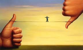 Keberhasilan adalah kemampuan untuk melewati dan mengatasi dari satu kegagalan ke kegagalan berikutnya tanpa harus kehilangan semangat