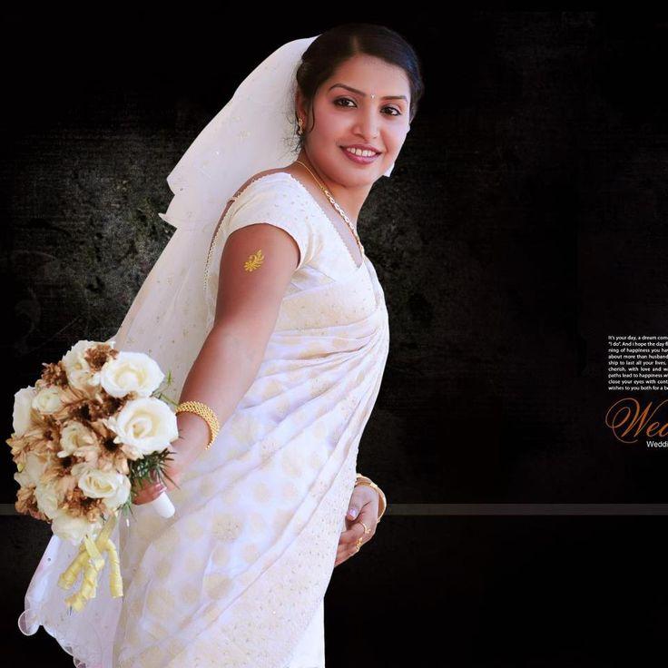 Christian Wedding White Gown: 97 Best White Wedding Sarees Images On Pinterest
