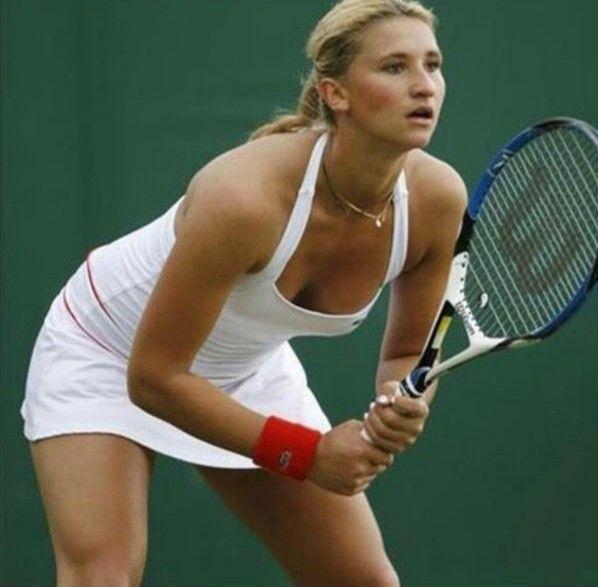 Pin By Stephen Thorn On 5 Tennis Beauties Tennis Players Female Tennis Players Womens Tennis