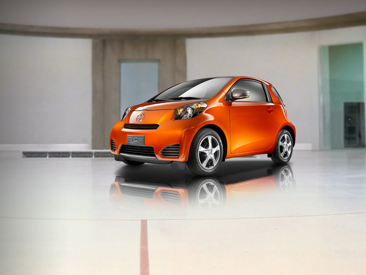 SCION iQ THEREFORE i AM  $15,995AUTOMATIC MSRP*  ESTIMATED MPG: 36 CITY / 37 HIGHWAY**  DON'T LET SIZE FOOL YOU, THIS LITTLE CAR IS LOADED WITH BIG FEATURES, ALL WITHIN A MODERN, INTELLIGENT DESIGN.