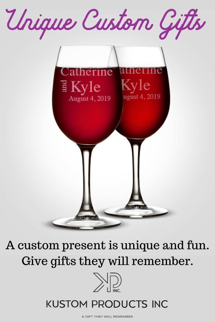 Great Collection Of Custom Engraved And Personalized Gifts In 2020 Unique Wine Glasses Custom Wine Glasses Etched Wine Glass